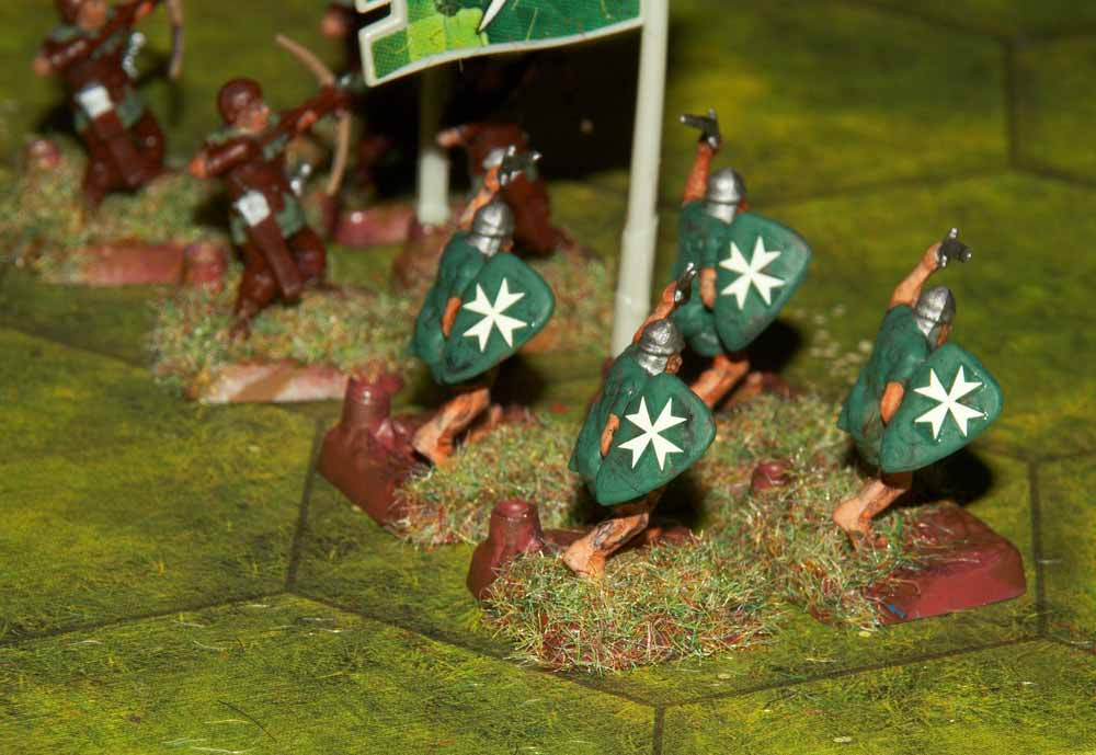 http://www.wargames.watkins-family.co.uk/fantasy/humanlight.jpg